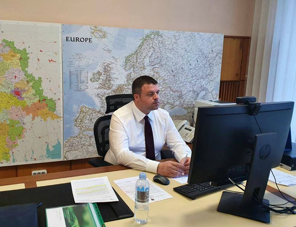 Comisia națională pentru consultări și negocieri colective și-a reluat activitatea în ședință on-line pe data de 4 august curent