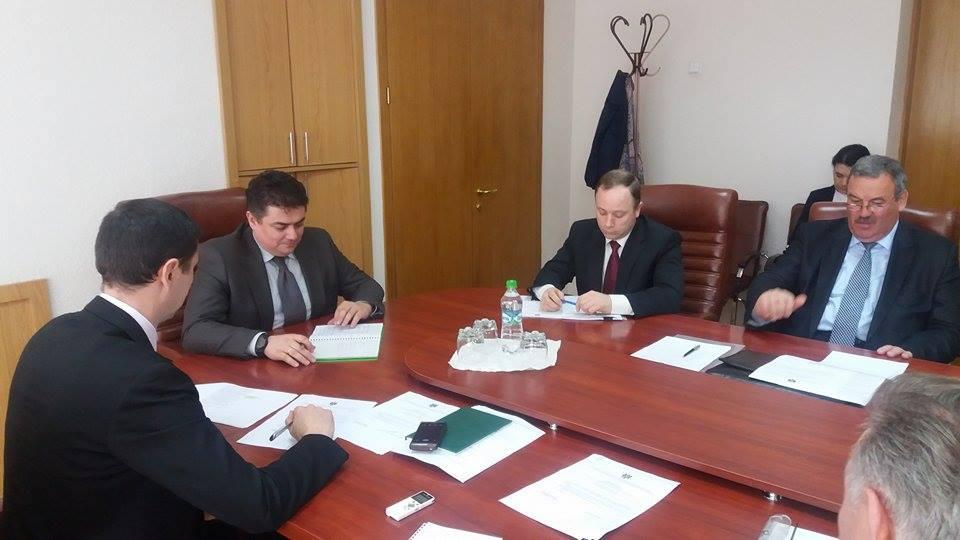Viceprim-ministrul Octavian Calmîc a prezidat şedinţa Biroul executiv al Comisiei naţionale pentru consultări şi negocieri colective