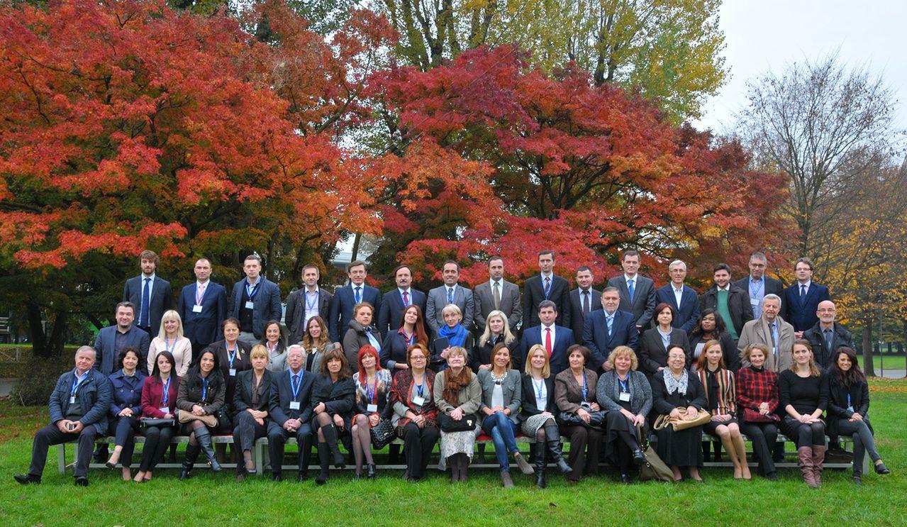 Conferinţa Subregională de Cercetare privind relaţiile industriale şi legislaţia muncii a avut loc în perioada 3-5 noiembrie 2015 la Torino, în Italia.