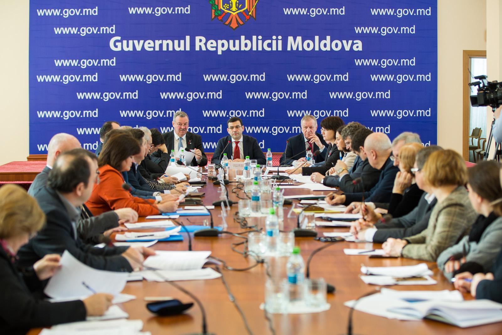 Comisia tripartită s-a întrunit în noua componență