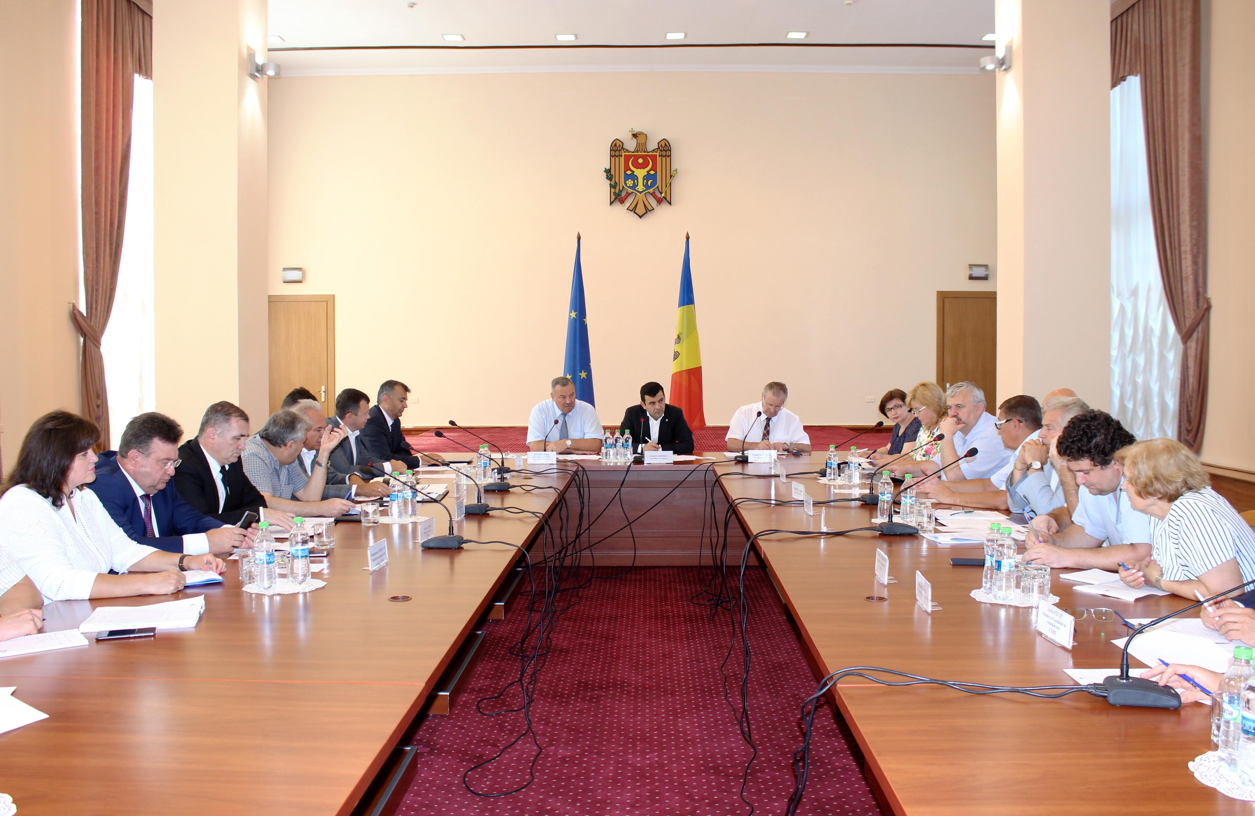 La 31 iulie a avut loc ședința ordinară a Comisiei naționale pentru consultări și negocieri colective